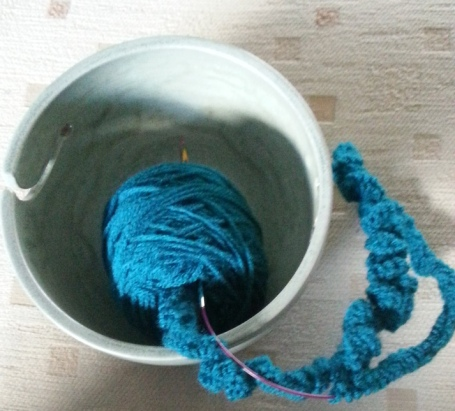 bowl with yarn